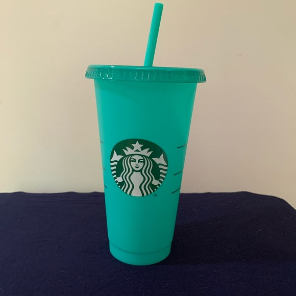 Starbucks Other - Starbucks, color changing cups.